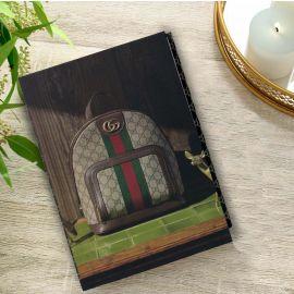 كتاب للديكور من ARMN بتصميم Gucci Bag