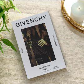 كتاب للديكور من ARMN بتصميم Givenchy